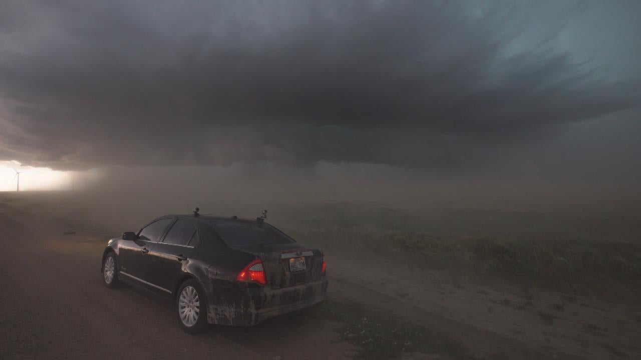 Storm Chaser Web Tornado Touches Down For Dangerously Close To In Colorado Inside Edition