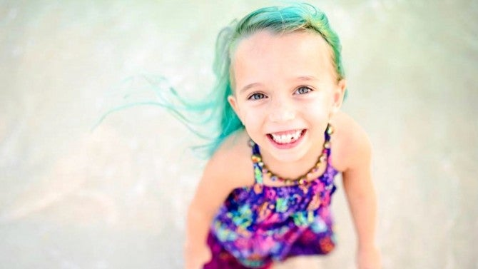 Mom Defends Letting Her 6 Year Old Daughter Dye Her Hair