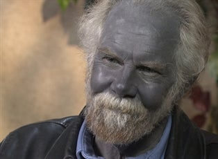 blue man falls on hard times inside edition
