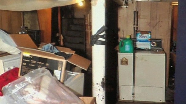 Tiny House Furniture >> Ariel Castro Sentencing Hearing Reveals Life Inside House of Horrors | Inside Edition