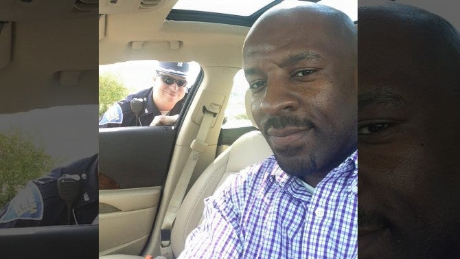 Black Driver Posts Selfie With White Cop To Show Police