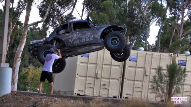 Vw San Diego >> Daredevil Driver Defends Speeding Through The Streets in ...