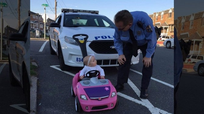 Car Warning Light >> Cops Pull Over 8-Month-Old Girl Driving Toy Car | Inside Edition