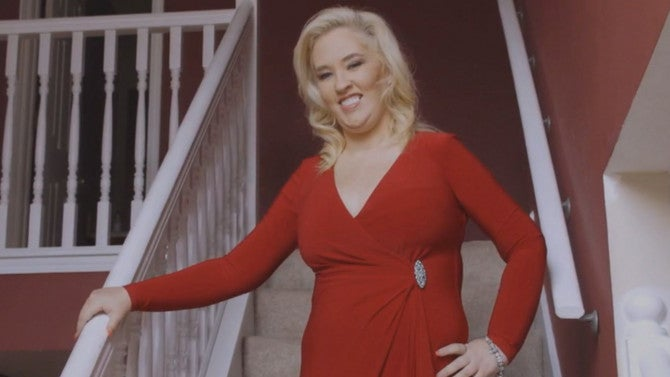 Mama June Dons 'Baywatch'-Style Swimsuit After Dropping ...