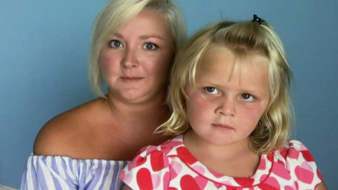 after daughter calls her fat mom teaches a lesson in body