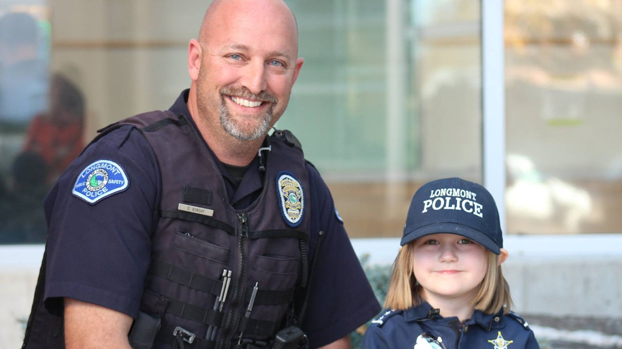 4 Year Old Gives Piggy Bank Savings To Police Officer