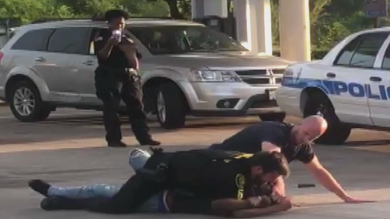 Security Guard Criticized For Ignoring Officer S Pleas For