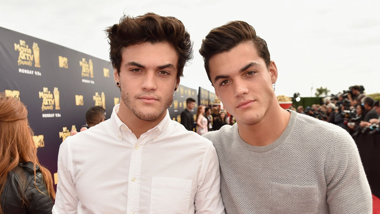 The Dolan Twins Grayson And Ethan Dolan Pay Tribute To Their Dad