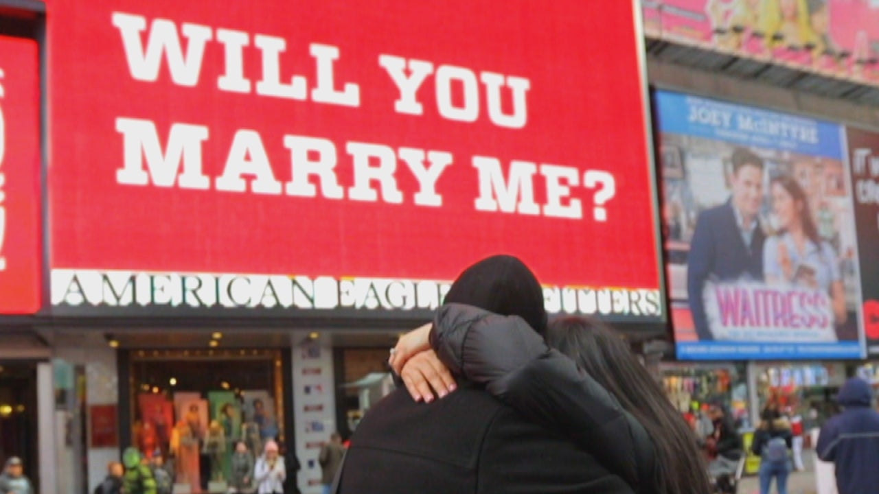 Couples Get Engaged On Valentines Day With Help From