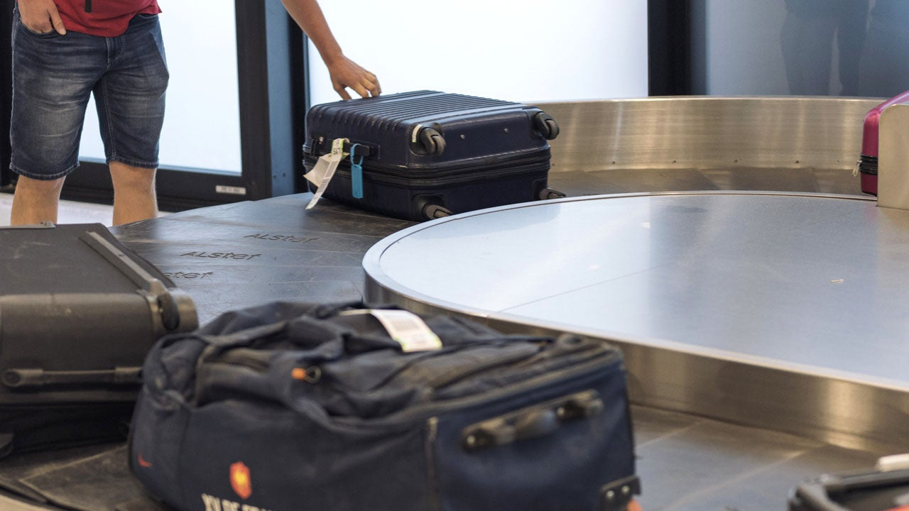 Passenger Urinates On Luggage During Flight From Chicago