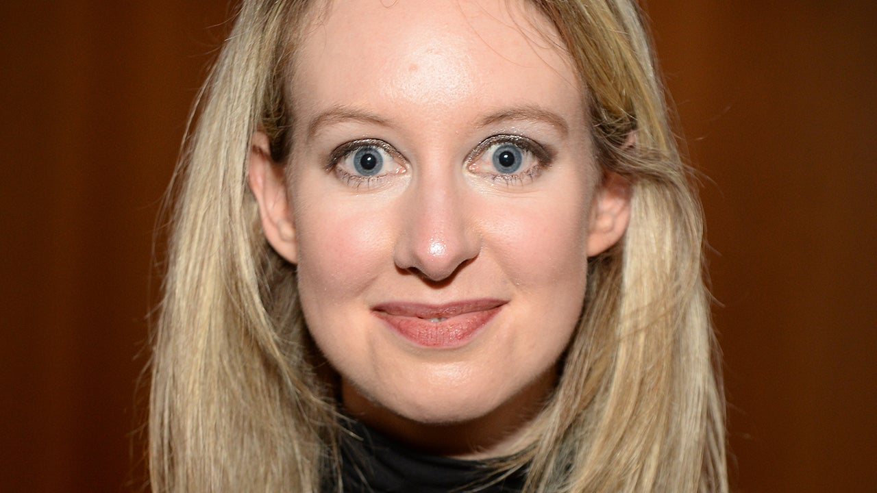 Today on Inside Edition: Elizabeth Holmes Spotted Walking