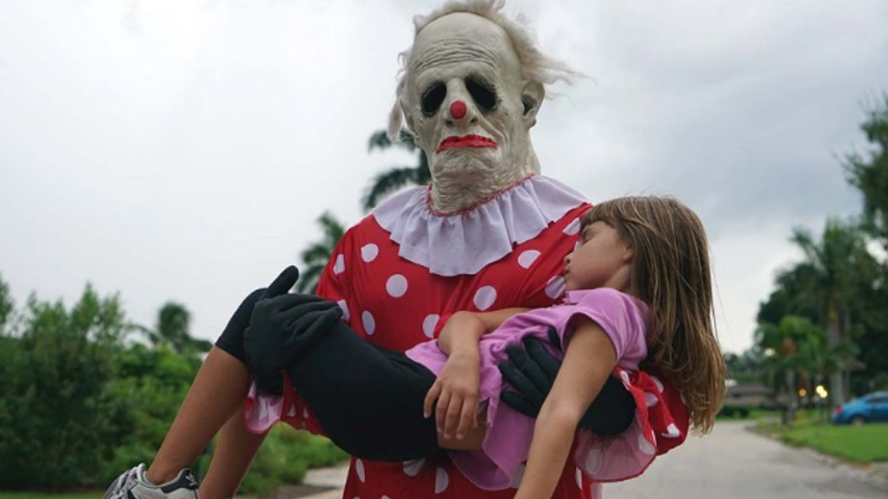 The Real Story Behind 'Wrinkles the Clown' Is Weirder Than You Think