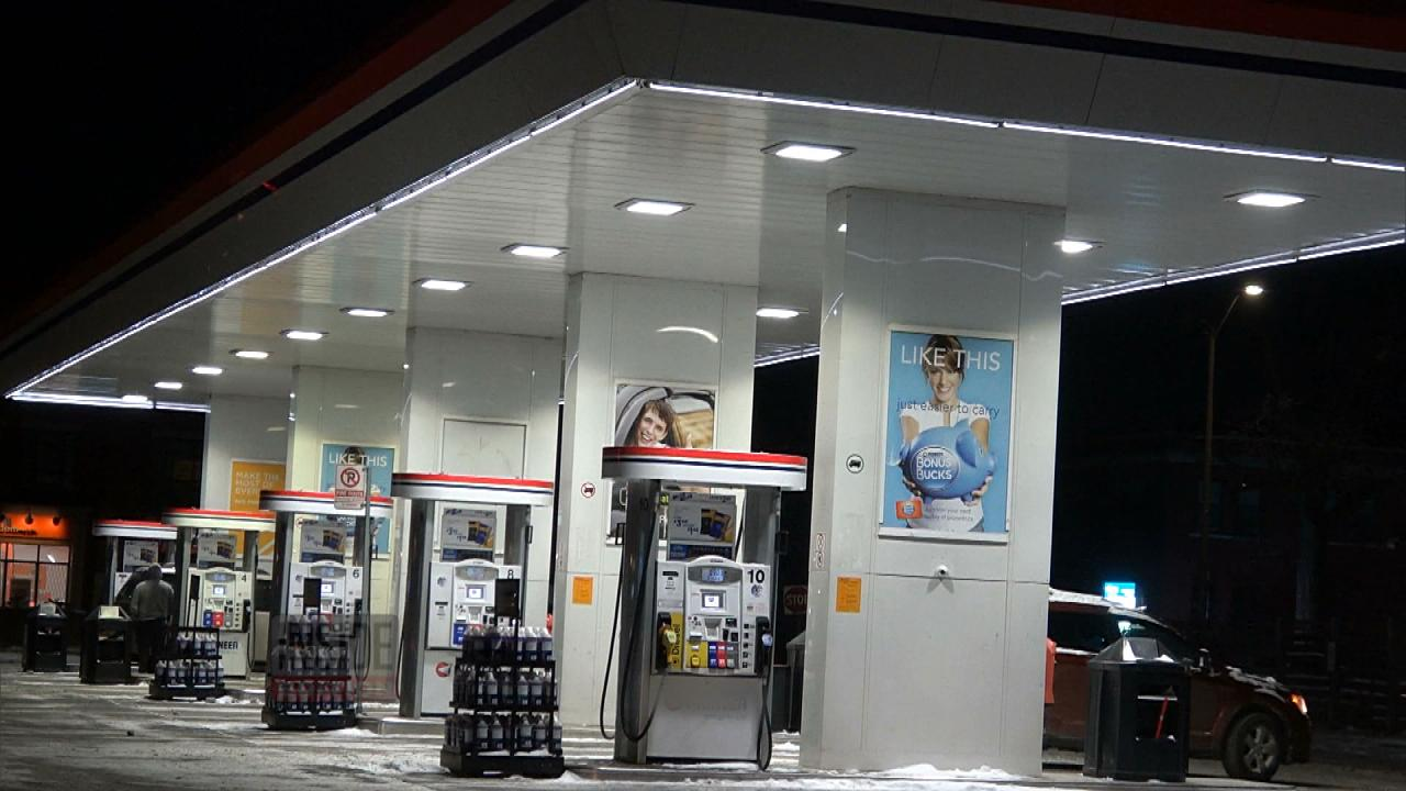 Ways to Stay Safe If You're Alone at a Gas Station