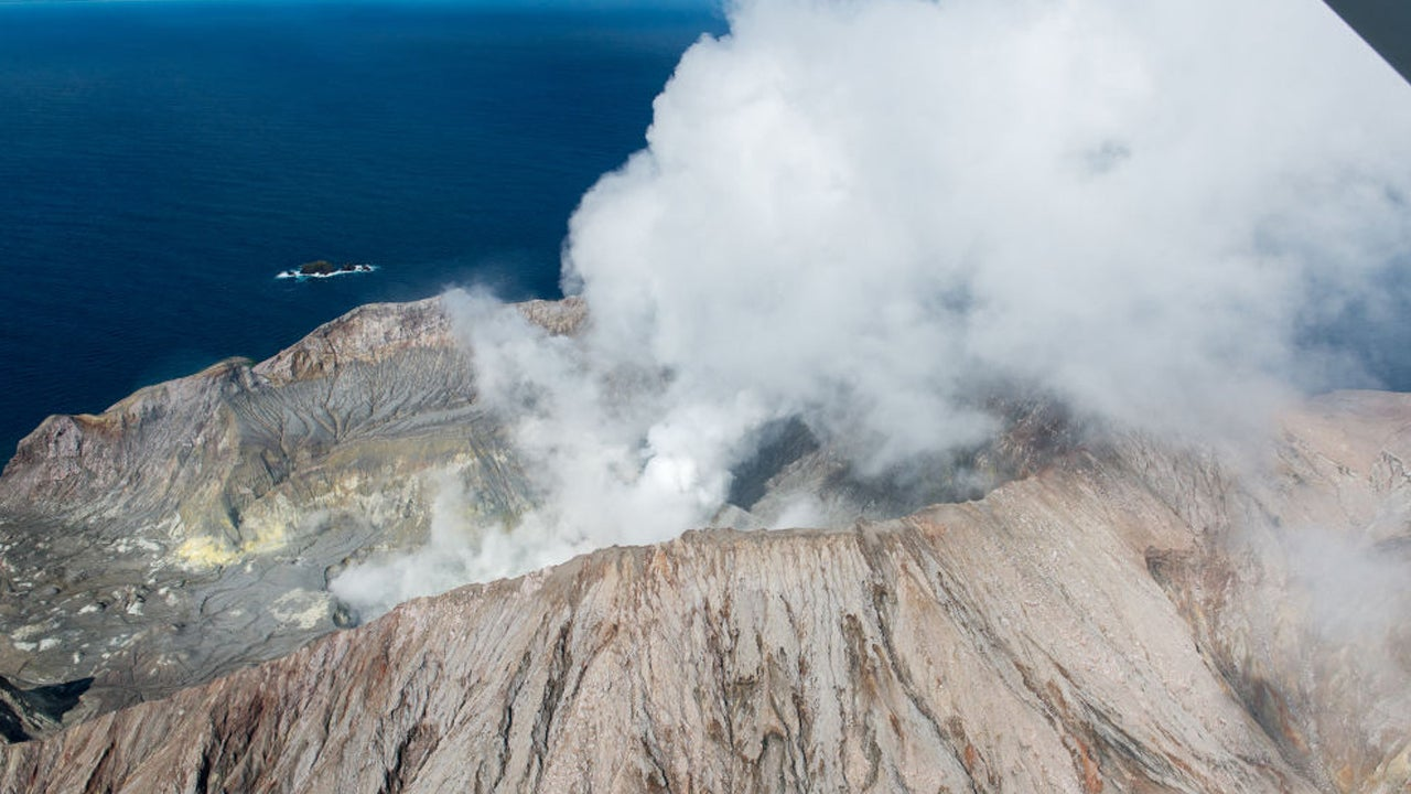 American Honeymooners Severely Injured in New Zealand Volcano Eruption That Killed At Least 5