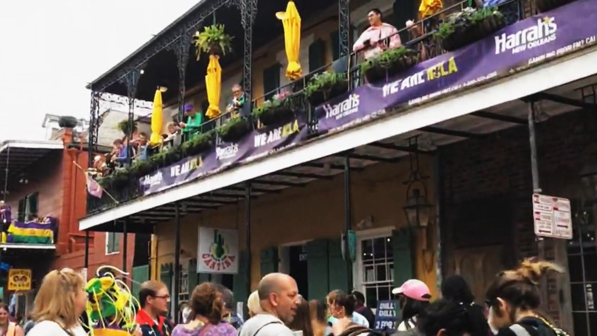 New Orleans Shuts Down French Quarter Until After Mardi Gras to Avoid Spread