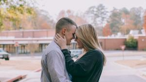 Former Kindergarten Sweethearts Get Engaged on Old School Playground in Georgia