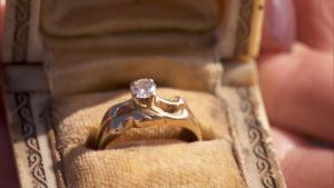 Firefighter Returns Ring to Woman Whose House Burned in Wildfire