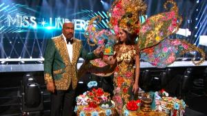 Steve Harvey Says Teleprompter to Blame for Miss Universe Name Mishap