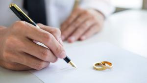 Why Divorce Filings Typically Increase in January