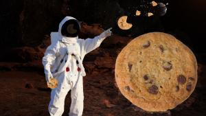 Astronauts Use Special Test Oven to Bake Out-of-This-World Cookies in Space