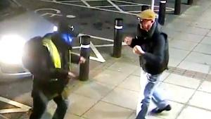 Mugger Doesn't Know What's Coming When Victim Starts Fighting Back