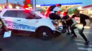 5 Hurt After Police SUV Under Siege Drove Through Protesters in Detroit
