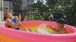 Kiddie Pools Are Making a Splash With People of All Ages in Quarantine
