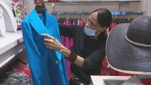 Is It Safe to Try On Clothes At Retail Stores During a Pandemic?