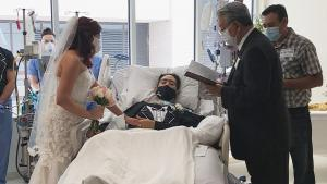 Couple Gets Married in Hospital as Husband Battles COVID-19