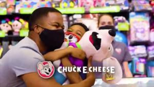 Some Parents Criticize New Chuck E. Cheese Commercial Showing Business Is Open