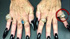 Kyle Richards Says She Spotted Her Stolen Ring on Fortune Teller's Finger