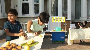 6-Year-Old Boys Spend Summer Selling Lemonade to Help Children in Yemen