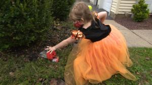 A Halloween Scavenger Hunt May Help Keep Kids Safe During COVID-19