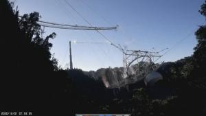 900-Ton Telescope Destroyed After Crashing at Arecibo Observatory in Puerto Rico