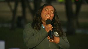 Michigan Nurse Lori Marie Key Sings 'Amazing Grace' at DC COVID-19 Remembrance