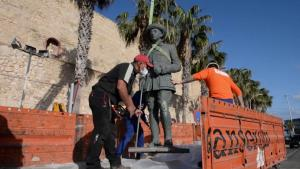 Last Statue of Dictator Francisco Franco is Removed from Spanish City of Melilla