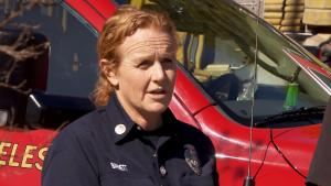 Meet Jeane Barrett, the Fire Captain Who Cut Tiger Woods From His Car Wreck