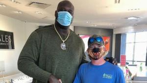 Shaquille O'Neal Pays for Engagement Ring for Man He's Never Met