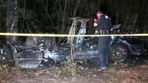 No One Was in Driver's Seat When Tesla Crashed, Killing 2: Cops