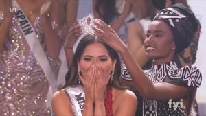 Miss Universe Crowns 26-Year-Old Mexican as Contestants Make Political Statements