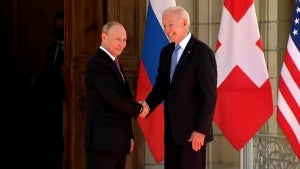 Biden's Summit With Putin Starts Off With Chaotic Free-for-All