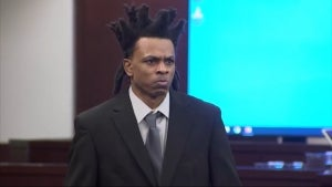 Double Murder Suspect Gives Fiery Opening Statement at Trial as His Own Defense