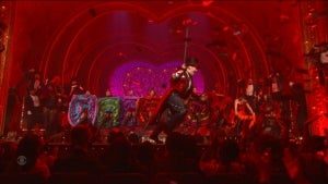 Best Musical Winner 'Moulin Rouge' Cast Delights Tonys With Dance