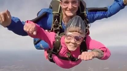Eila Campbell, 84, plunges 10,000-feet for her birthday.