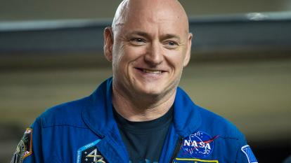 NASA confirms that Mark and Scott Kelly are still identical twins.