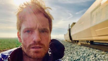Irish comedian and actor Francis Cronin is walking 500 miles to highlight homelessness.