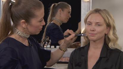 Inside Edition teamed up with beauty brand No7 and its partner, celebrity makeup artist Fiona Stiles, to hear what she looks for when it comes to her big-name clients.