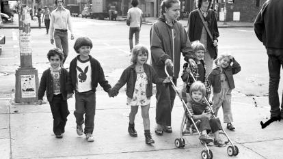 Photojournalist Carrie Boretz took a picture of a family, including a little boy who she would later learn was Etan Patz.