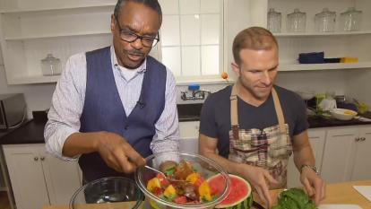 Inside Edition's Les Trent cooks up cool food with chef Zac Young.