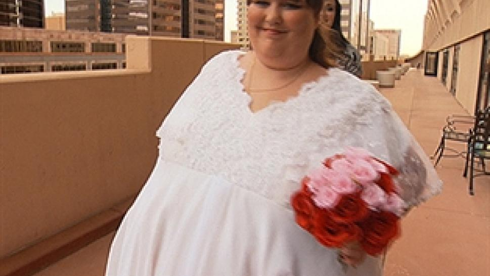 The 800 Pound Bride Does Her Final Wedding Gown Fitting